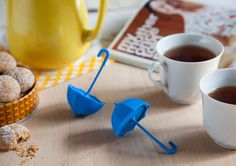 the umbrella tea infuser by OTOTO weathers a storm in a cup