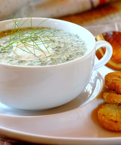 On a winter's night, this creamy potato soup will warm you up with its delicious flavour. Creamy Potato Soup, Hot Soup, Soups And Stews, Soup Recipes, Potatoes, Favorite Recipes, Warm, Night, Food