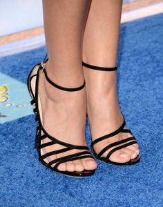 Sarah Hyland in Jimmy Choo Nylons Heels, In Pantyhose, Strappy Heels, Cute Sandals, Cute Shoes, Stilettos, Celebrity Shoes, Beautiful High Heels, Sneakers