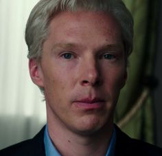 "A Couple Questions For Benedict Cumberbatch's Hair In ""The Fifth Estate"""