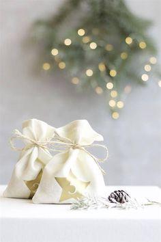 Gold Christmas advent calendar bags DIY Advent calendar
