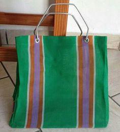 La bolsa de los recados
