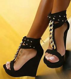 Black summer wedges....