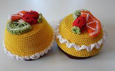 Mini cakes crochet