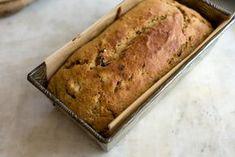 Koolhydraatarm bananenbrood is niet alleen super gezond maar ook nog eens heel lekker! Bekijk hoe je dit heerlijke bananenbrood recept klaar maakt zodat je er snel van kunt gaan genieten!