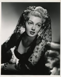 """Lana Turner on  Hollywood:- """"It was all beauty and it was all talent, and if you had it they protected you."""""""