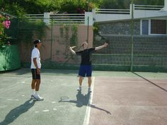The fantastic climate allows you to play tennis outside, almost all year around! www.spanish-school-herradura.com