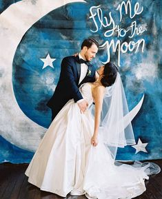 Fly me to the moon wedding photo booth backdrop idea. Galaxy Wedding, Starry Night Wedding, Moon Wedding, Celestial Wedding, Dream Wedding, Spring Wedding, Classic Wedding Themes, Classic Weddings, Romantic Weddings