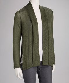 Let's get down to basics. This clean-cut cardigan offers a perfect layer for grab-and-go elegance.