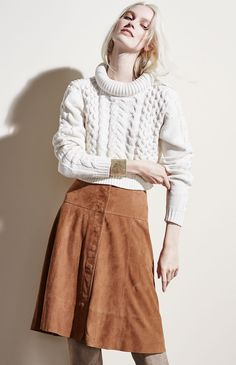 Because knitwear and suede make great partners: Joie High-Low Loose Sweater & Mylon Suede Skirt Cable Sweater, Loose Sweater, Thick Sweaters, Suede Skirt, Sweater Outfits, Autumn Winter Fashion, Knitwear, Fashion Outfits, Skirts