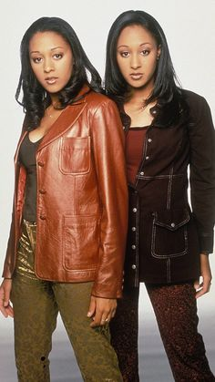 Tv Show Outfits, Cute Outfits, Sisters Tv Show, Black 90s Fashion, Tia And Tamera Mowry, 90s Inspired Outfits, Early 2000s Fashion, 90s Outfit, Black Is Beautiful