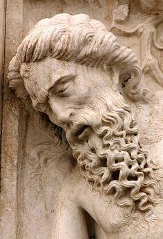 Italia Tour Italy| Serafini Amelia| Venezia, Italia-Statue on the corner of the Doge's Palace
