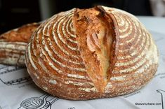 Paine de casa reteta simpla pas cu pas care nu da gres | Savori Urbane Home Food, Food Cakes, Lchf, Cake Recipes, Breakfast Recipes, Food And Drink, Toast, Cookies, Breads
