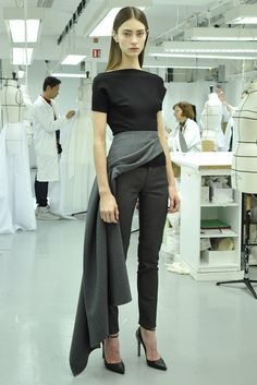 with a nod to the past, Dior Pre-Fall 2013 - Slideshow - Runway, Fashion Week, Reviews and Slideshows - WWD.com