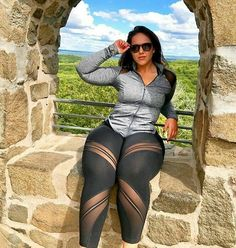 Gorgeous Alluring Most Beautiful Black Women With Curves 037 Curvy Fashion, Plus Size Fashion, Most Beautiful Black Women, Plus Zise, Modelos Plus Size, Plus Size Beauty, Voluptuous Women, Sexy Curves, White Girls