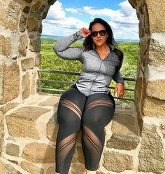 Gorgeous Alluring Most Beautiful Black Women With Curves 037 Curvy Women Fashion, Plus Size Fashion, Girl Fashion, Womens Fashion, Most Beautiful Black Women, Modelos Plus Size, Voluptuous Women, Sexy Curves, White Girls