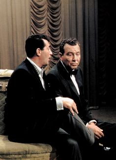 Dean Martin and Phil Harris on the set of The Dean Martin Show / AS1966