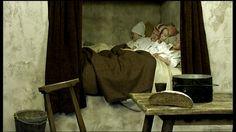 Mensen slapen gemiddeld 8 uur per nacht. Maar we lagen niet altijd in een lekker zacht, warm bed! Hoe ging dat vroeger bij de Egyptenaren en de Romeinen bijvoorbeeld?