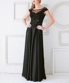 Black Floral Lace Mesh-Contrast Gown   zulily