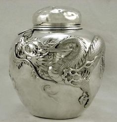 Japanese Sterling Silver Dragon in Flames Tea Caddy Meiji 13 oz Signed Antique Silver, 925 Silver, Silver Jewelry, Sterling Silver, Silver Rings, Indian Jewelry, Art Nouveau Furniture, Dragon Heart, Cowgirl Bling