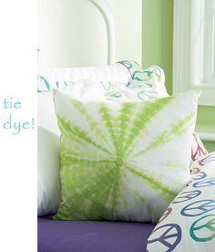 tie dye pillow green white