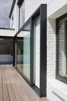 sliding on house exterior - could maintian stucco on this portion? The Doors, Windows And Doors, External Sliding Doors, Casa Patio, Sliding Windows, Aluminium Doors, House Extensions, Facade House, Patio Doors