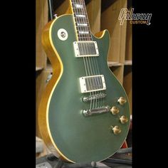 Now that's a cool color for a Les Paul!