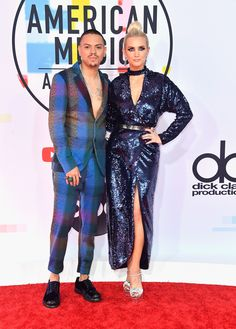 Ashlee Simpson Ross & Evan Ross from 2018 American Music Awards Red Carpet Fashion American Music Awards, Ashlee Simpson, Men's Accessories, Celebrity Couples, Celebrity Style, Ootd Men, Satin Formal Dress, Evan Ross, Lace Midi Dress