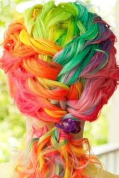 I love the braid and the colors.