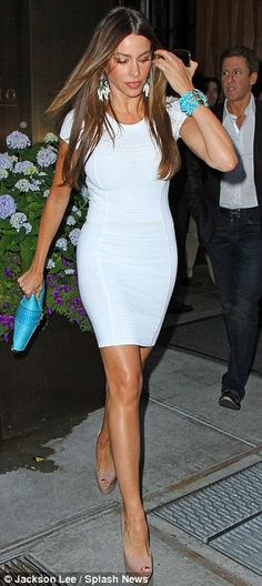 sofia vergara + white dress