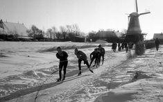 Elfstedentocht: Schaats geen Elfstedentocht Outdoor Rink, Outdoor Ice Skating, Amsterdam Holland, Utrecht, Park City, Windmill, Travel Around, Vintage Photos, Netherlands