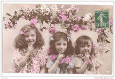 "Carte Postale Ancienne ""3 filles"" 1917 France."