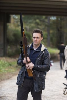 Ross Marquand as Aaron – The Walking Dead _ Season Episode 16 – Photo Credit: Gene Page/AMC Walking Dead Season 6, The Walking Dead 2, Walking Dead Tv Series, Andrew Lincoln, Rick Grimes, Ross Marquand, Best Tv Shows, New Image, Nerd