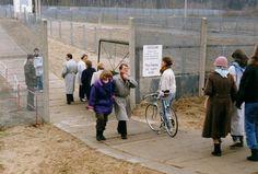 In der Zeit zwischen Mauerfall und der offiziellen Beseitigung aller Grenzkontrollen hatte die DDR-Regierung kurzfristig weitere Grenzübergänge geschaffen.