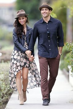 Jesse Metcalfe and fiance Cara Santana take a romantic stroll along the Venice Canals in Los Angeles, CA.