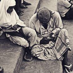 Wait #street #incredibleindia #socalitydelhi #vscodaily #vscoaddict #vsco #vscocam #bnw #bw_lover #blackandwhite #bnw_captures #bnw_life #voyagediaries #india #bw_perfect #photographer #travel #traveldairies #bbc #bbctravel #instavsco #photoofthedays #inspiredtraveller #_soi #nytimes #newyorker #world_streets #myshoeboxofphotographs #indiapictures