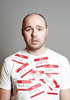 Karl Pilkington - Radio and TV personality, travel show presenter, actor, author and former radio producer for XFM. Ricky Gervais Show, Karl Pilkington, British Comedy, Music Tv, Man Humor, Famous Faces, Funny People, Funny Photos, Comedians