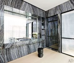 Gray marble lines the walls, cabinetry, and shower master bath in a lower Manhattan triplex perfected by architectural designer Thomas Juul-Hansen and decorator Amy Lau. Grey Marble Bathroom, Gray Marble, Marble Bathrooms, Bathroom Inspiration, Design Inspiration, Ad Architectural Digest, Townhouse Designs, Powder Room Design, Concrete Houses