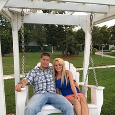 "Say What? ""Teen Mom 2″ Star Leah Calvert Is Expecting Her First Baby With Jeremy Calvert!"