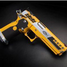 guns for women Weapons Guns, Airsoft Guns, Guns And Ammo, Revolver, Ar15 Pistol, Rifles, Armas Ninja, Custom Guns, Concept Weapons