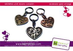"""Llaveros corazón """"crece el amor"""" realizados en metal, acabados oro, plata o cobre. Heart keyrings """"growing love"""" made in metal (silver, cooper or gold finish)"""