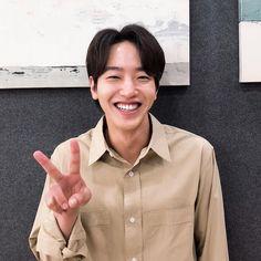 Image may contain: one or more people Korean Male Actors, Handsome Korean Actors, Asian Actors, Hip Pop, Korean Drama Movies, Moon Lovers, Drama Series, Actors & Actresses, Kdrama