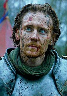 The Hollow Crown: Henry V (Tom Hiddleston) Thomas William Hiddleston, Tom Hiddleston Loki, Hades, King Henry V, The Hollow Crown, Celebrity Crush, Character Inspiration, Dramas, Beautiful Men