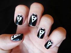 Tutorial for tuxedo nails