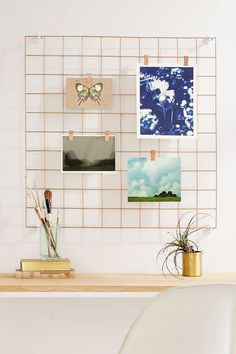 17 Unique Wall Art Display Ideas That Aren't Another Gallery Wall - Brit + Co Metal Grid, Rose Gold Decor, Wall Desk, Shelf Wall, Farmhouse Side Table, Ideias Diy, Unique Wall Art, Hanging Pictures, Hang Photos