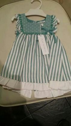 Baby Girl Dress Patterns, Baby Clothes Patterns, Baby Dress, Toddler Fashion, Girl Fashion, Little Girl Dresses, Girls Dresses, Kids Frocks Design, Frocks For Girls
