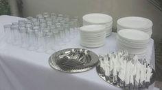 """""""Mesa de Buffet lista para la celebración de esta noche.  Tienes un evento, contáctanos 0981373065  Somos @lafabricadeeventosec  #alquiler #mobiliario #cenas #buffets #menaje #fiestas #celebraciones #eventos #empresariales #todoincluido #bodas #quinceañeras #eventosguayaquil #eventplanner y más"""" by @lafabricadeeventosec"""
