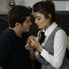My favorite scene Romantic Couples, Most Romantic, Cute Couples, Cute Love Couple, Best Couple, Murat And Hayat Pics, Cute Love Stories, Couples Images, Couple Photography Poses
