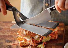 + Design de produto :   Uma espátula que ajuda a cortar, uma boa idéia!