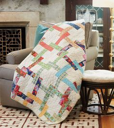 Pretzel Twist looks complicated but it really isn't – it's an easy quilt to put together. The quilt blocks in this throw quilt pattern are quite simple to make, you just have to pay attention to color placement. Try it out for yourself and you'll see!